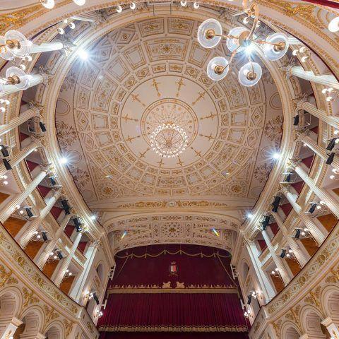 Teatro Amintore Galli | <strong>TEATRO AMINTORE GALLI</strong> | luogo <strong>Rimini, Italia</strong> | progetto <strong>Arch. Luigi Poletti</strong> | ph © <strong>Elena Morosetti</strong>