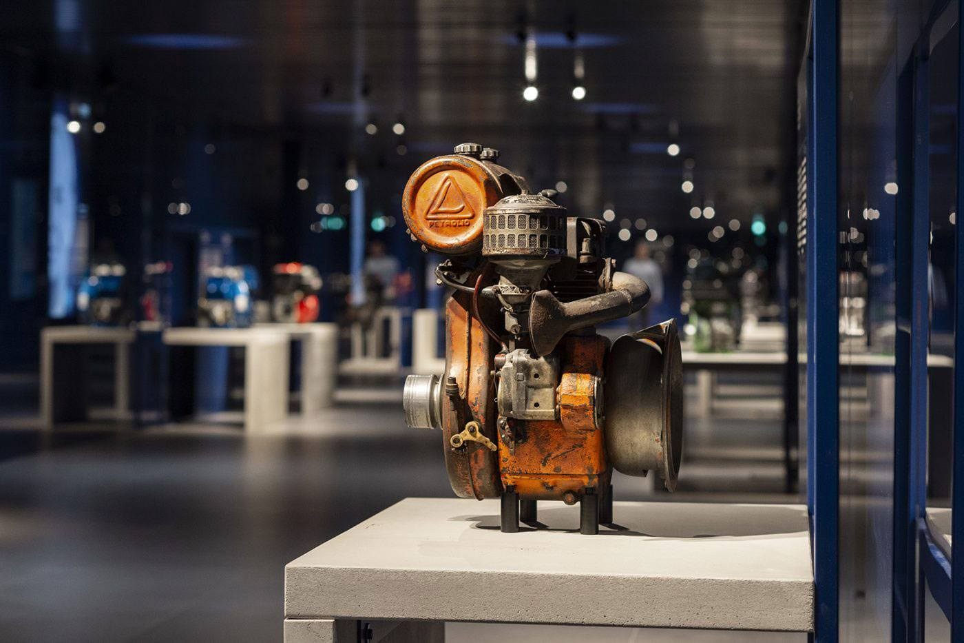 Gallery of Engines – Kohler Engines | <strong>GALLERY OF ENGINES – KOHLER ENGINES</strong> | venue <strong>Reggio Emilia, Italia</strong> | project <strong>Arch. Naomi Hasuike</strong> | ph © <strong>Paolo Carlini</strong>